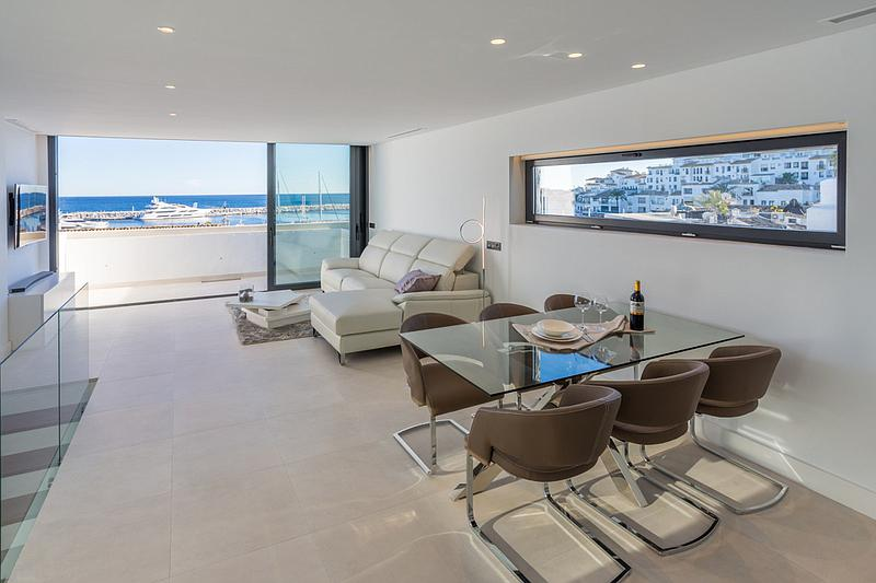 Apartment - Penthouse in Puerto Banús