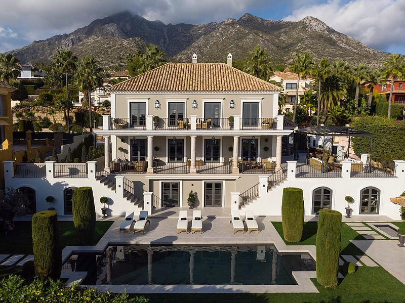 Villa - Detached in Sierra Blanca