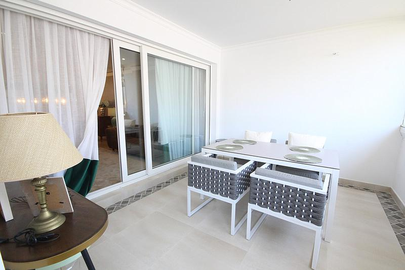 Apartment - Middle Floor in The Golden Mile