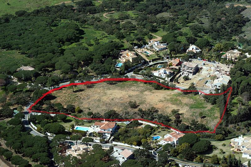 Plots and Lands in Marbella East