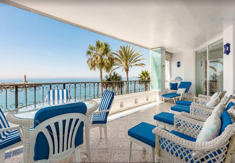 Apartment - Middle Floor in Puerto Banús