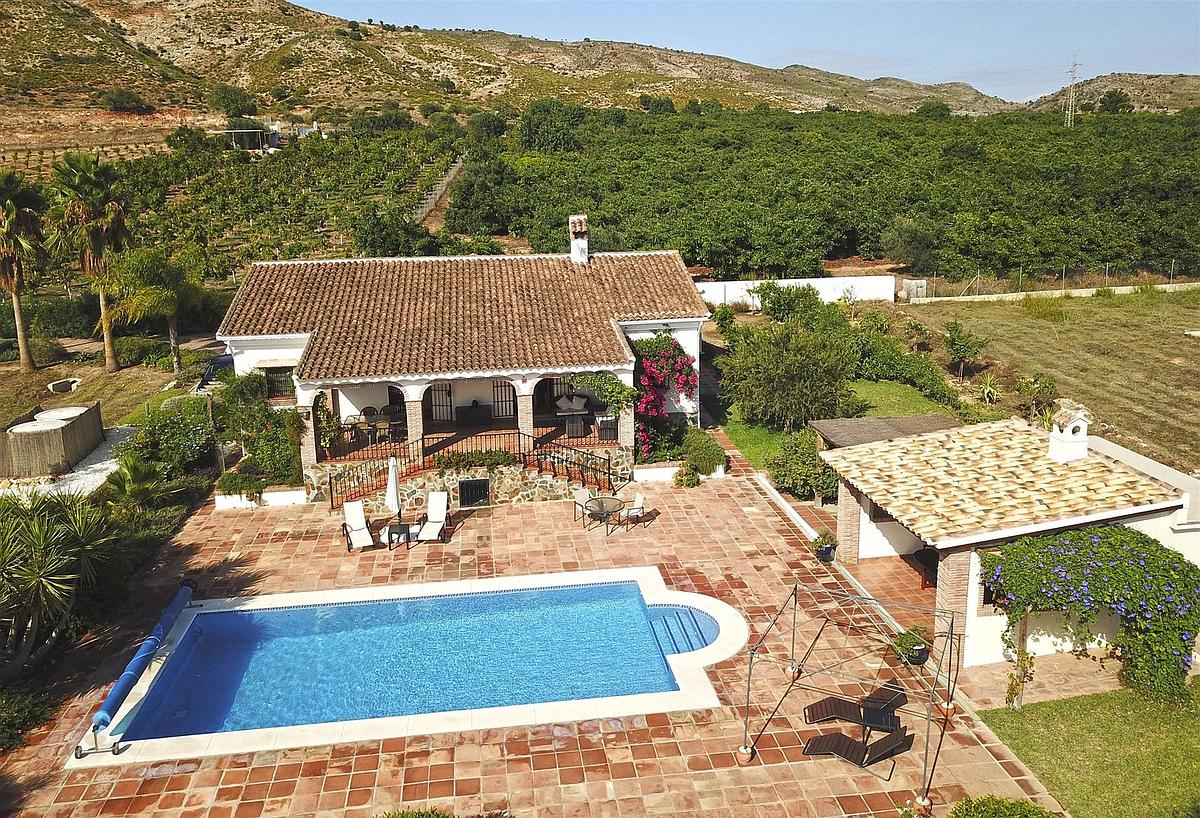 villa in Alhaurin el Grande