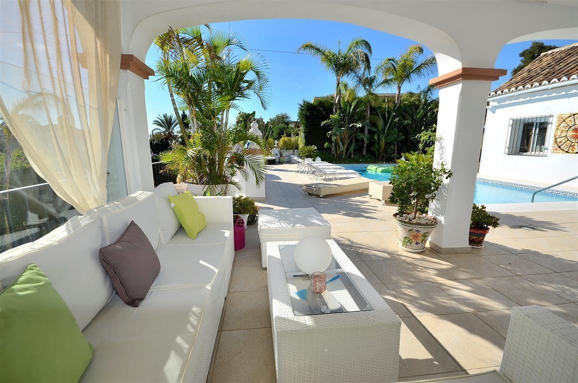 Villa - Detached in Estepona