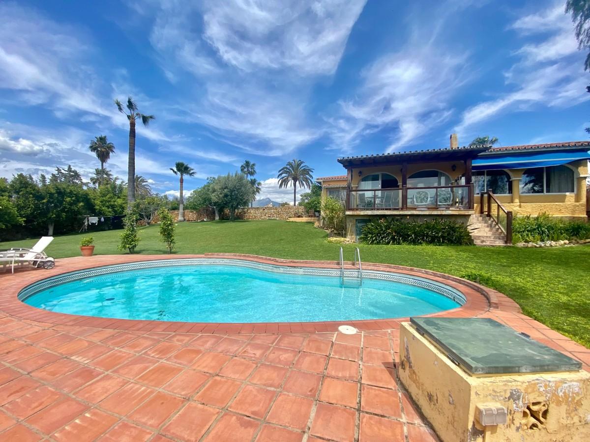 Villa - Detached in Guadalmina Alta
