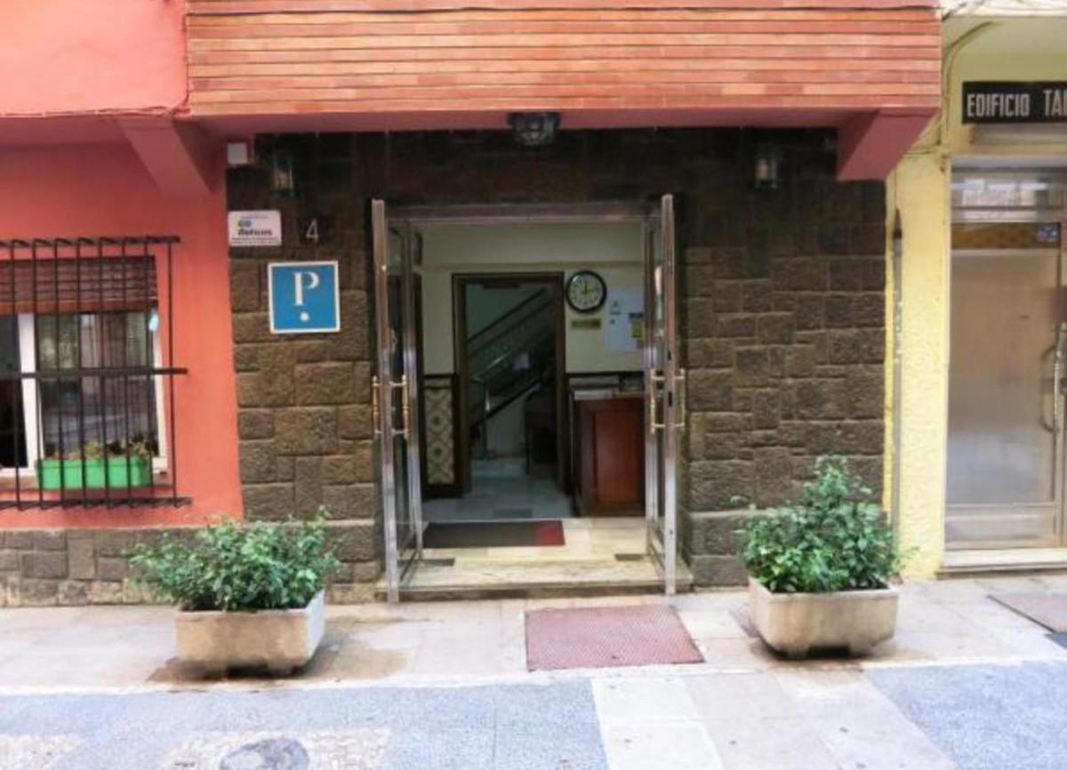 Commercial - Hostel in Torremolinos Centro