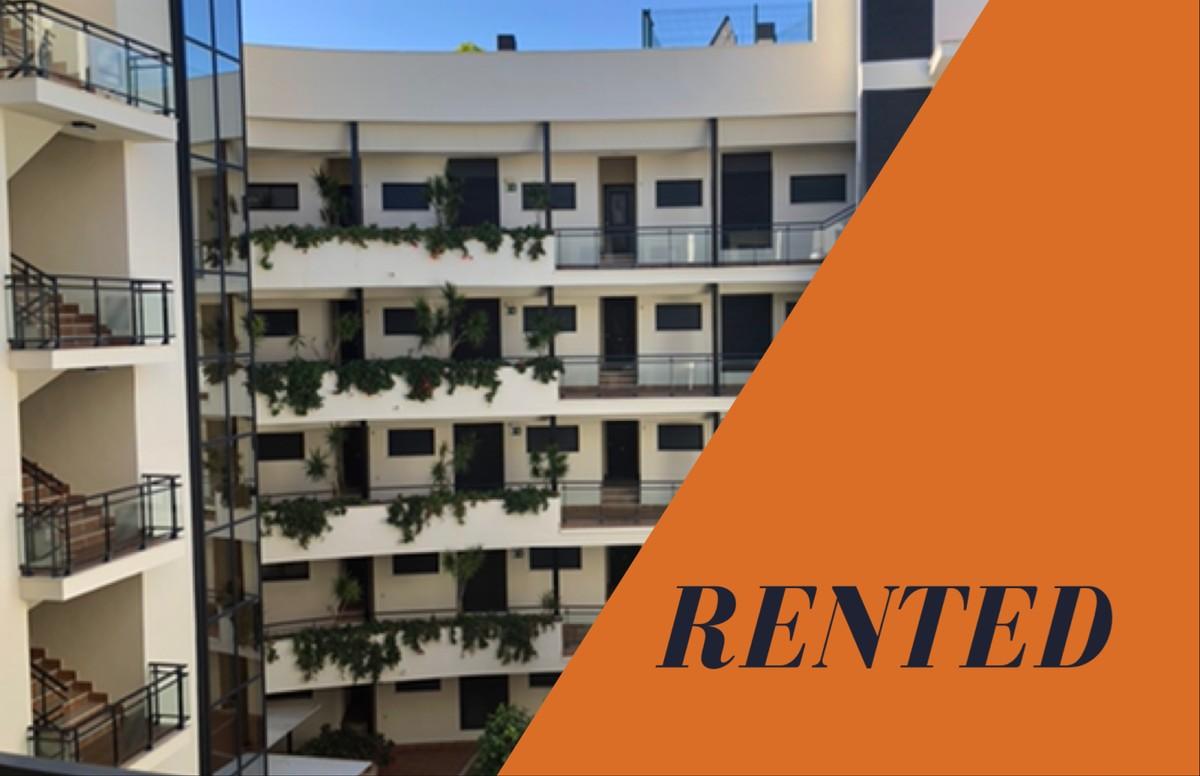 Apartment - Middle Floor Apartment in Estepona