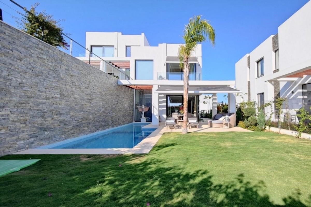 Villa - Semi Detached in Cabopino
