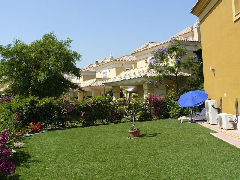 Town house in Las Chapas (East Marbella)