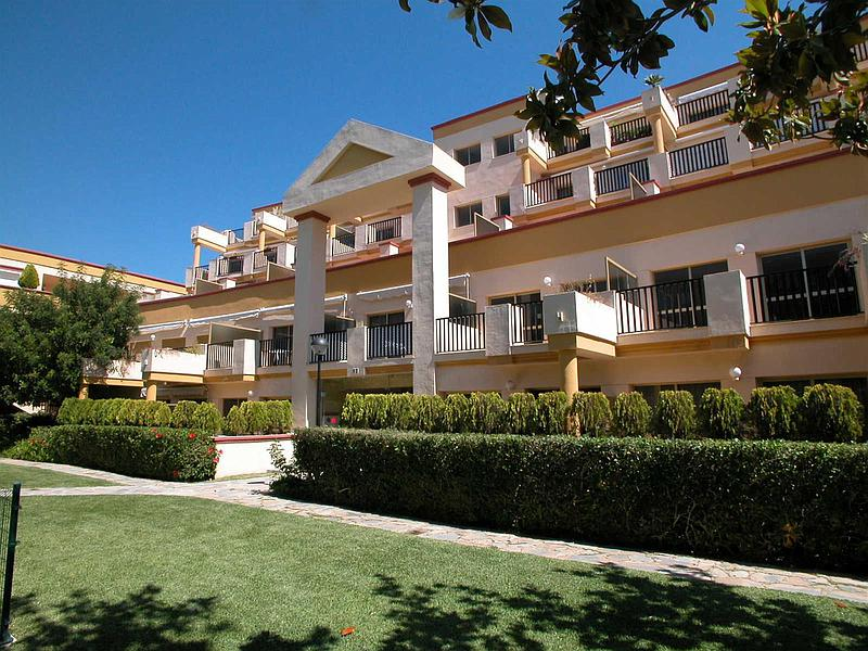 Penthouse in Las Chapas (East Marbella)